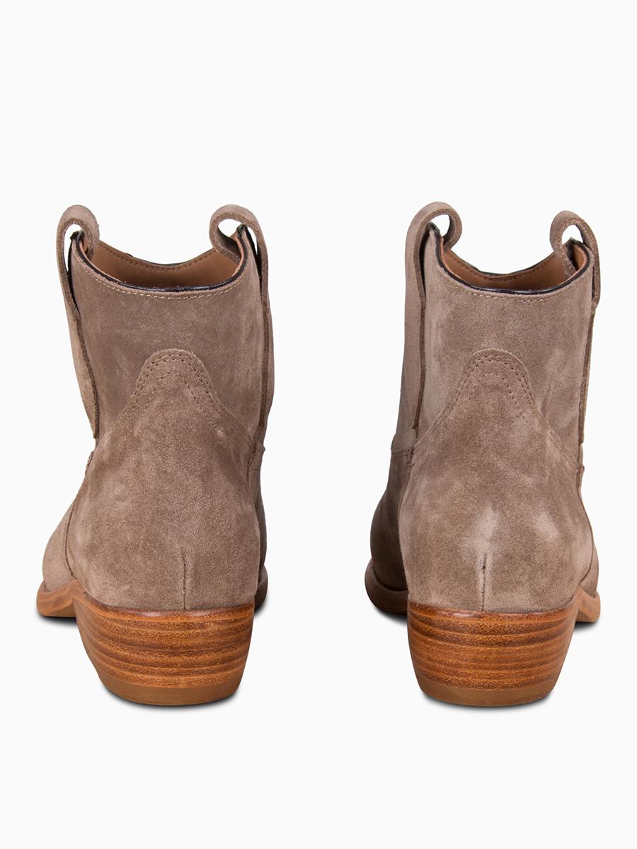 Cowboy-Boots von ESSEUTESSE