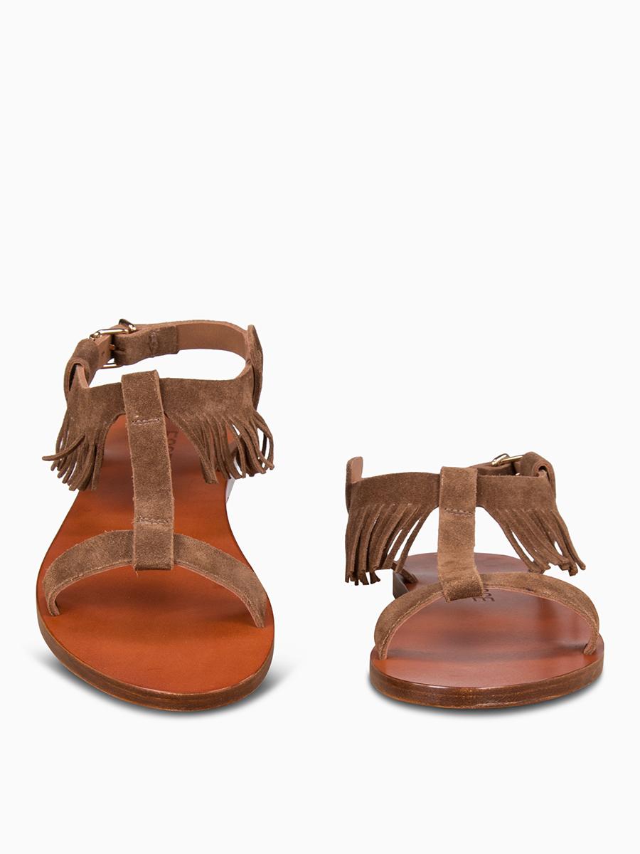 Sandalen mit Fransen von ESSEUTESSE