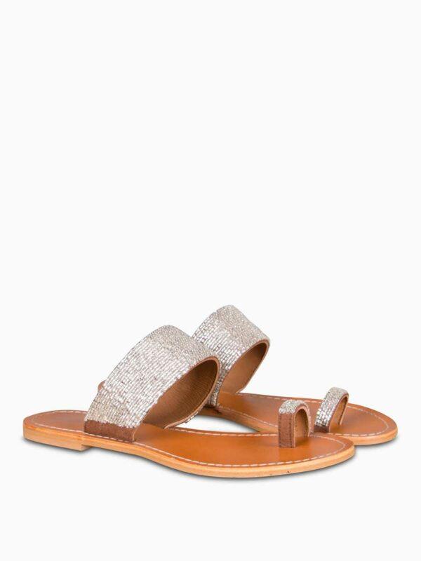 Sandalen mit Perlenbesatz von MOSAIC