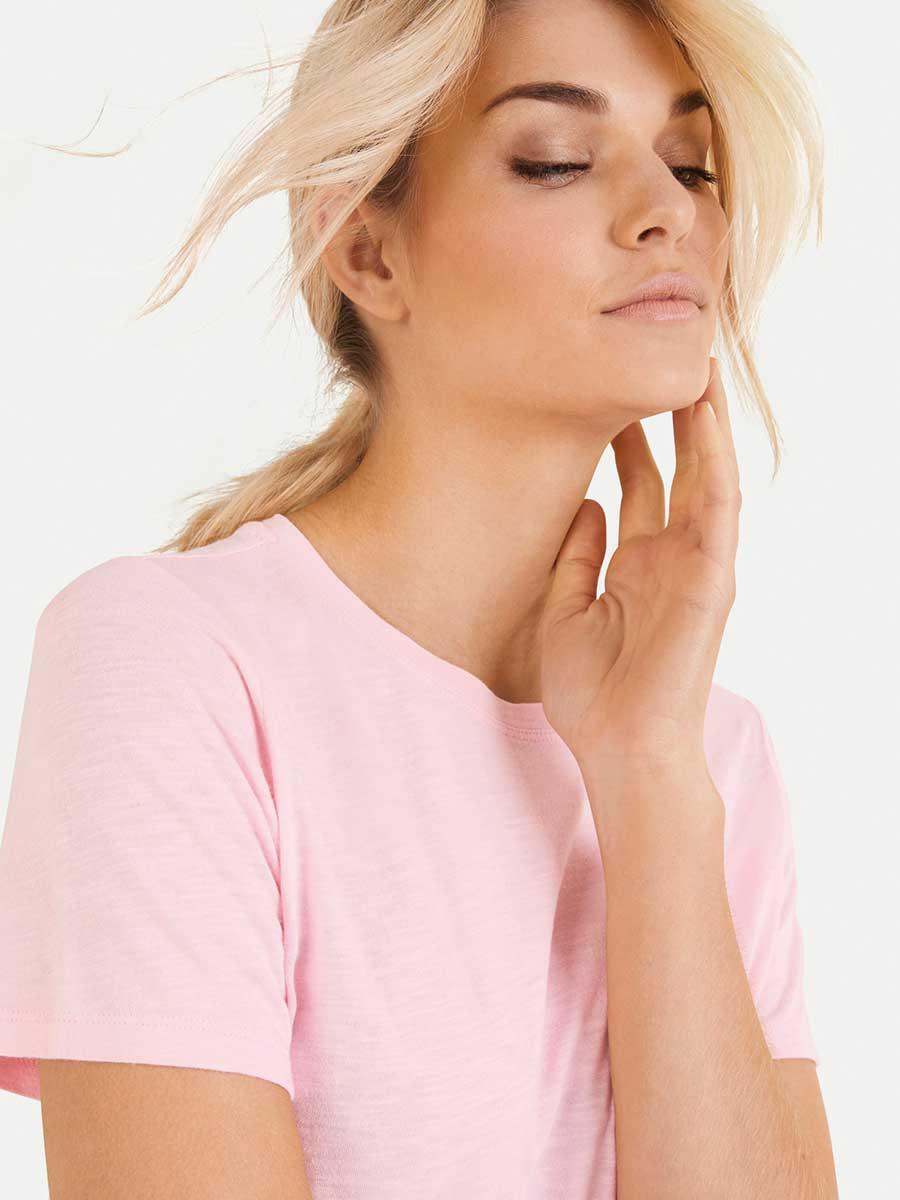 T-Shirt rosa von Juvia