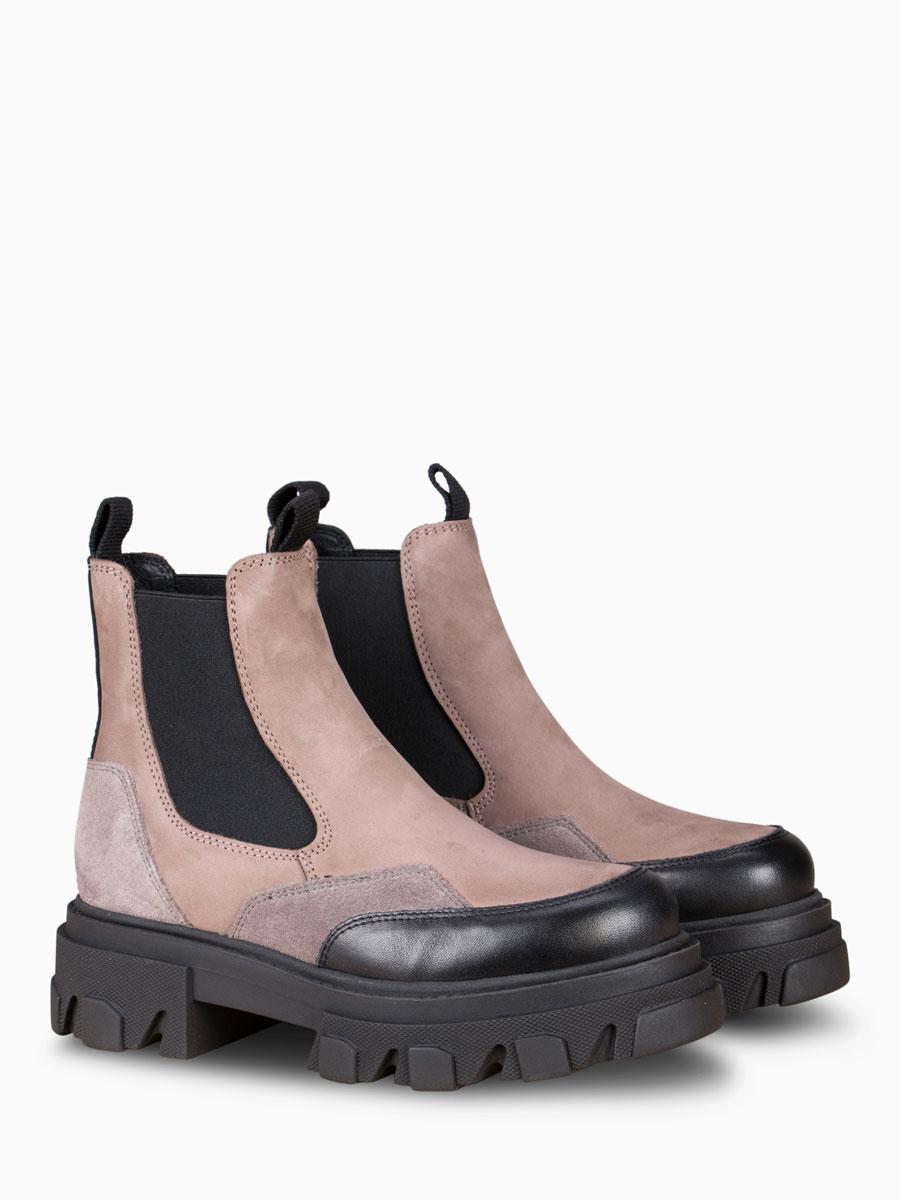 Chunky Boots ULRICA von SHOE BIZ COPENHAGEN